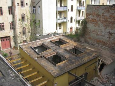 Rückbau Lichtkuppeln Gebäude 5